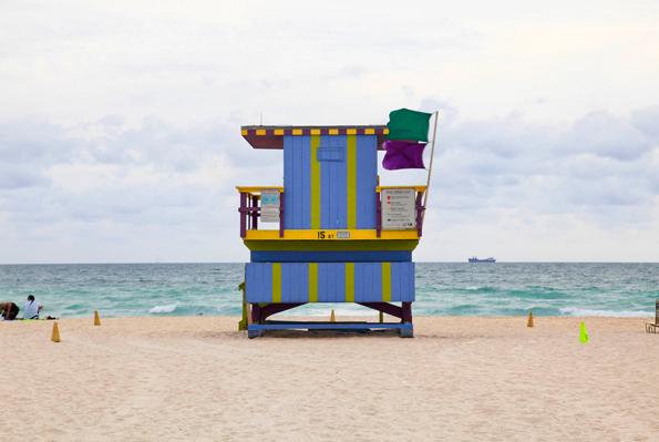 leo-caillard-photography-miami-houses11